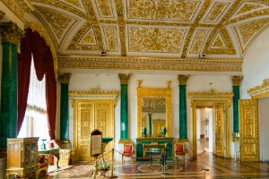 The majestic Malachite Hall was new after the Palace was rebuilt.
